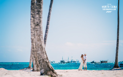 Punta Cana Honeymoon Photoshoot in Melia Caribe Tropical