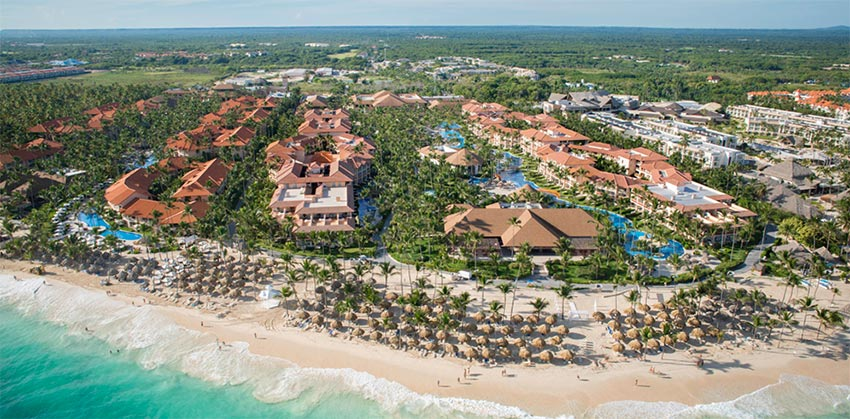 Our Top Five All Inclusive Resorts For Your Punta Cana Wedding