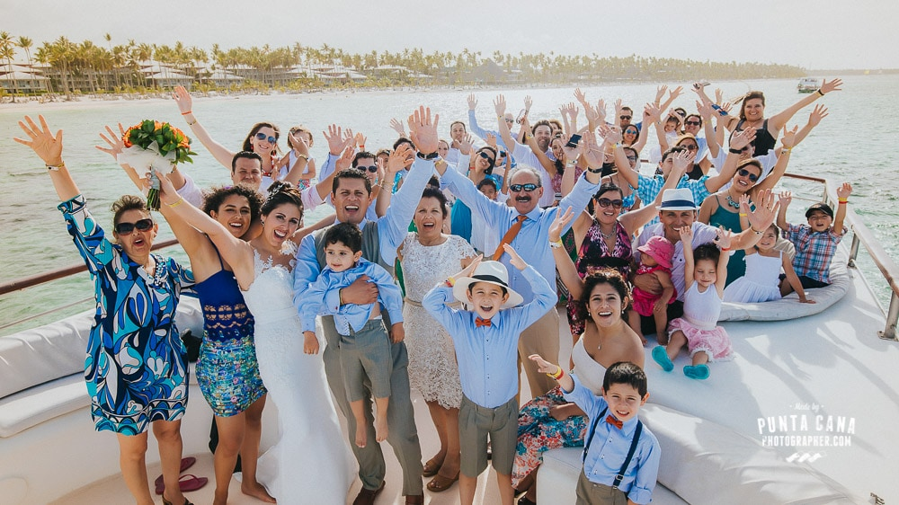 La Barcaza Wedding Boat