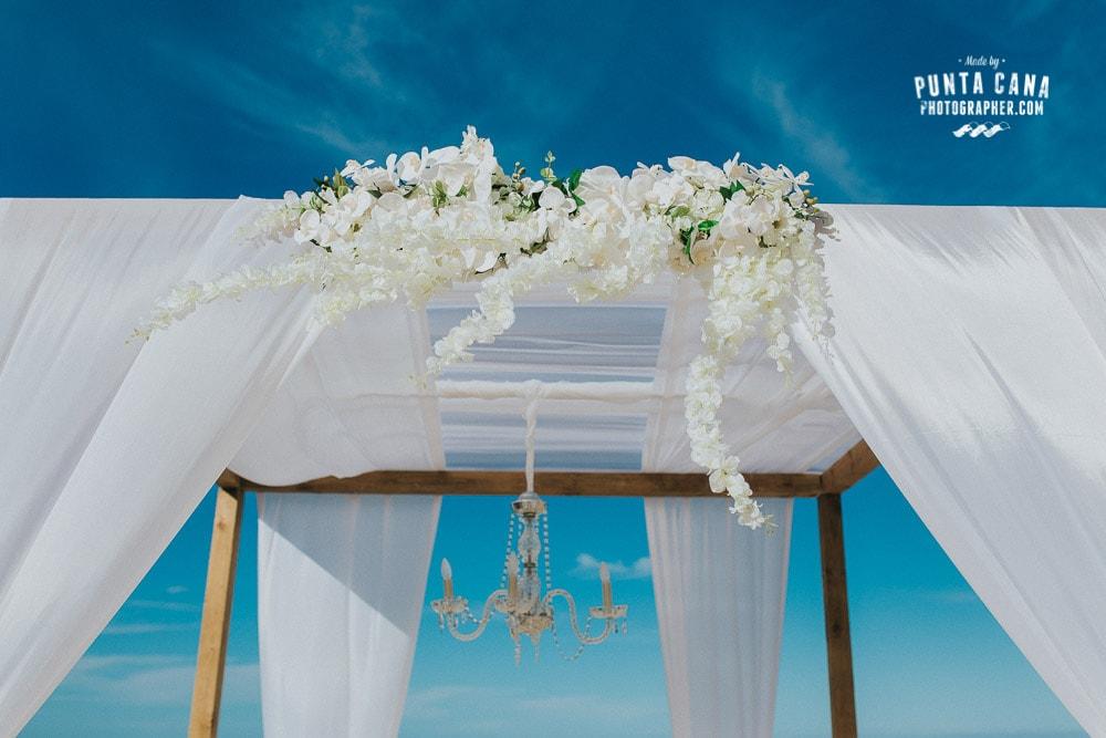 Kukua Restaurant Wedding
