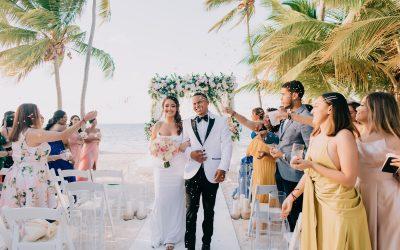 Glamorous Wedding at Pearl Beach Club