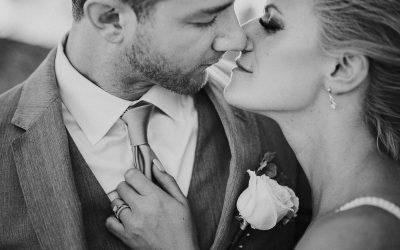 Blue & Pink Wedding at Huracan Cafe – Hannah & Dan
