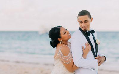 Elegant Wedding at Huracan Cafe in Punta Cana - Jennifer & James