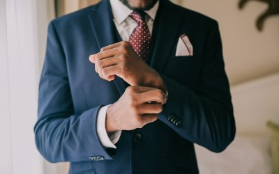 Groom Attire: How to Dress for a Beach Wedding