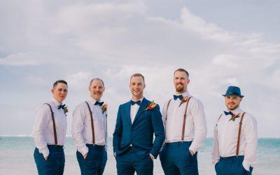 How to Choose Groomsmen Attire for a Beach Wedding